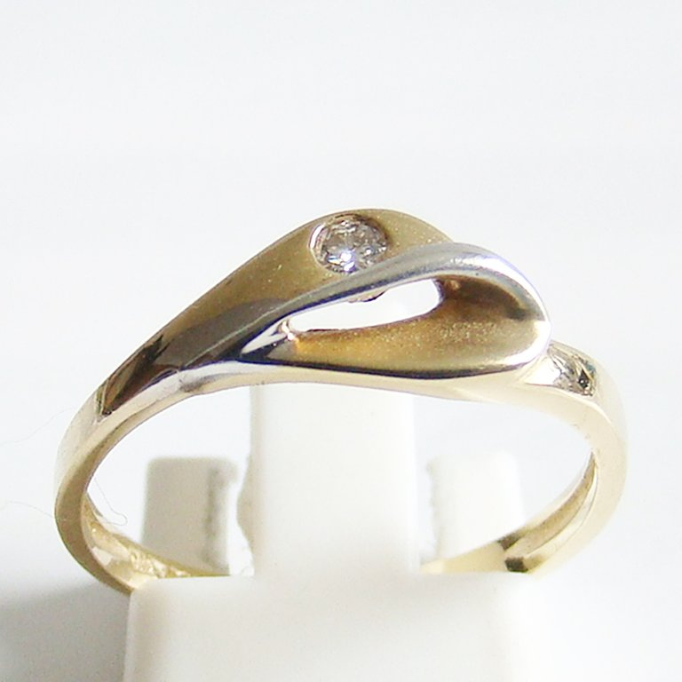 Ring Gold 375er 0,045 kt Brillant