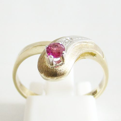 Ring Gold 333er Rubin Diamant